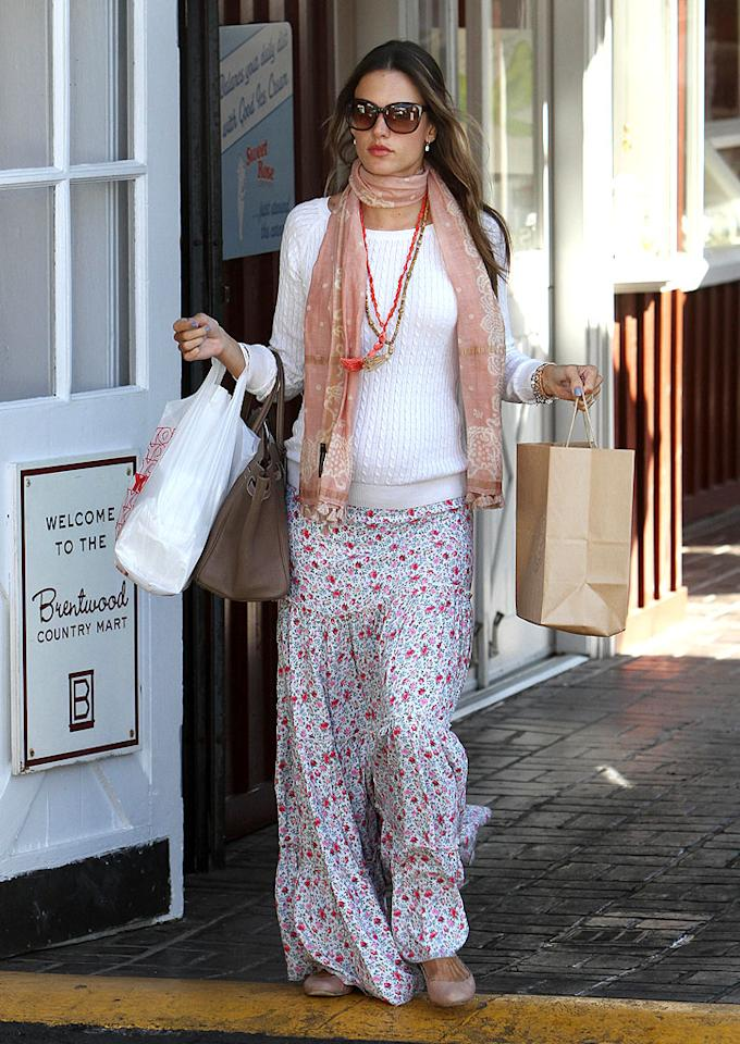 A craving for fried chicken perhaps? Five-months-pregnant Alessandra Ambrosio stopped into Reddi Chick in Brentwood for takeout on Wednesday. The Victoria's Secret Angel is expecting her second child with fiance Jamie Mazur. (2/1/2012)
