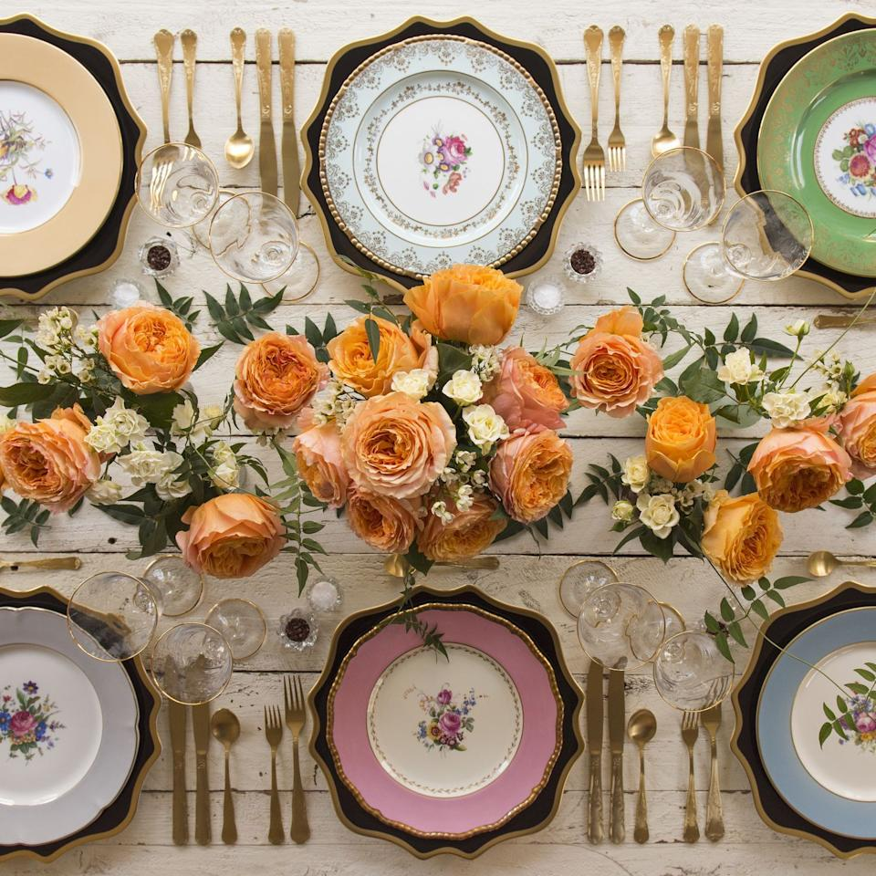 """<p>For a Fall wedding affair, get creative with the design of your floral arrangements and tablescape to make your celebration feel luxe and naturally of-the-season. This doesn't demand that you have stick to Fall's tawny-hued standards, but don't be afraid to embrace the warm <a href=""""https://www.harpersbazaar.com/wedding/planning/g12092021/fall-wedding-color-ideas/"""" target=""""_blank"""">color palette</a> of autumn's changing scenery and take advantage of the flowers that are thriving during this time of year—like ranunculus, dahlias, and gerberas—for a look that feels fresh. </p><p>We looked to the wedding industry's top <a href=""""https://www.harpersbazaar.com/wedding/planning/g8296/best-wedding-florists-in-america/"""" target=""""_blank"""">florists</a> and <a href=""""https://www.harpersbazaar.com/wedding/planning/g6965/best-wedding-planners/"""" target=""""_blank"""">planners</a> for some autumnal wedding decor ideas to help inspire yours. Here, 15 fall wedding flowers, designs, and tablescape ideas to share with your wedding planner and florist that will inspire and level up even the most minimal of affairs this coming September, October, and November.</p>"""