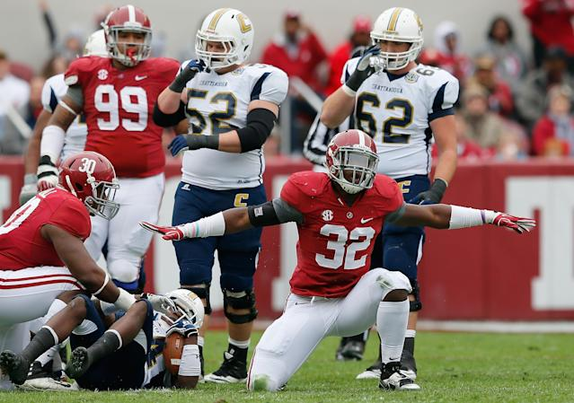 TUSCALOOSA, AL - NOVEMBER 23: C.J. Mosley #32 of the Alabama Crimson Tide reacts after tackling Xavier Borishade #24 of the Chattanooga Mocs at Bryant-Denny Stadium on November 23, 2013 in Tuscaloosa, Alabama. (Photo by Kevin C. Cox/Getty Images)