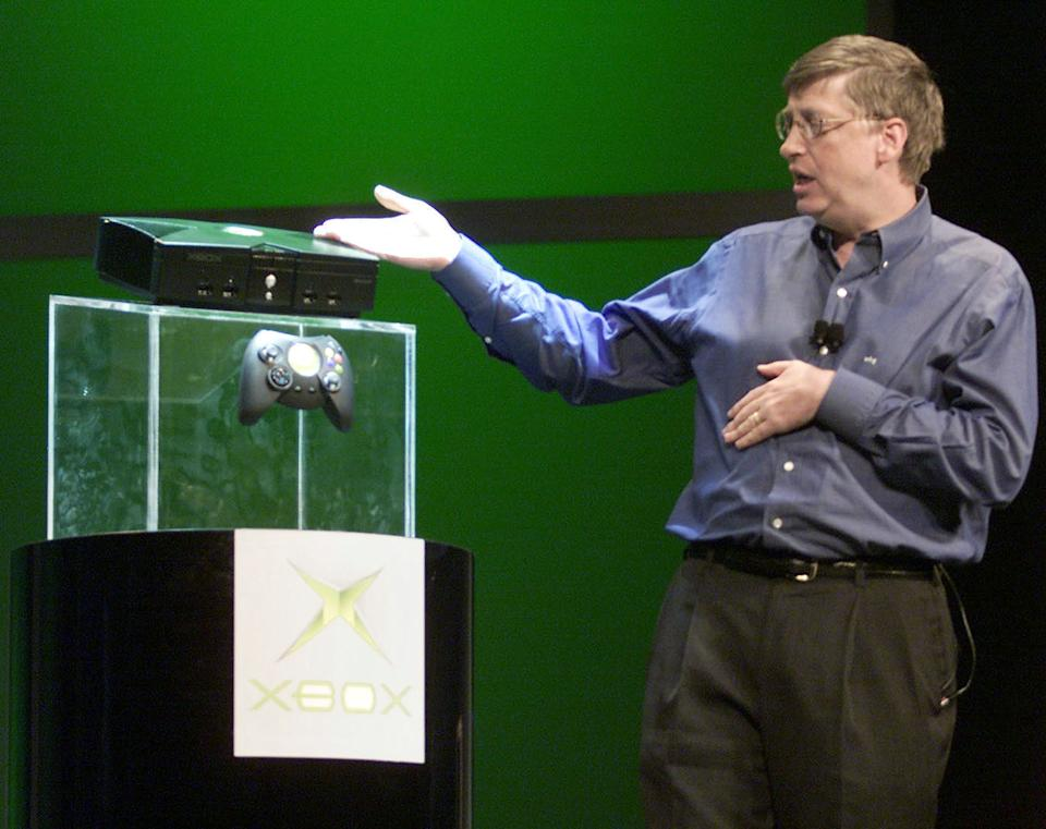 383983 03: Microsoft CEO Bill Gates unveils the new Xbox game console January 6, 2001 at the 2001 Consumer Electronics Show VIP's at the Hilton in Las Vegas, NV. (Photo by Steve Wilson/Newsmakers)