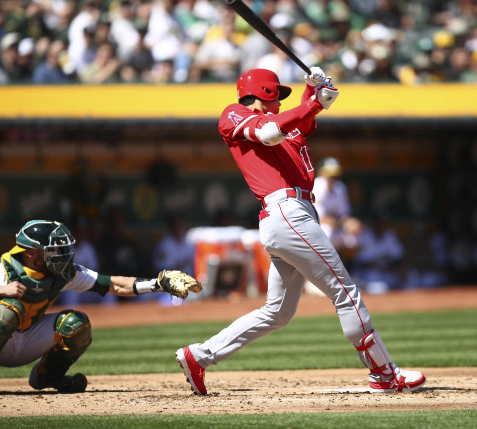 The Los Angeles Angels' Shohei Ohtani went 1-for-5, with a single, in his major league debut. (AP)