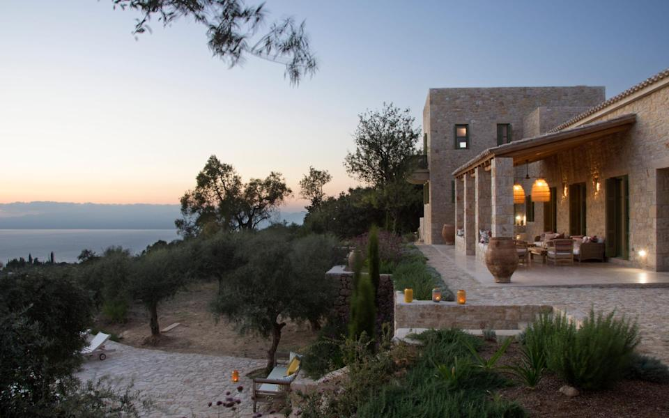 Mani HNG has the feel of a country hideaway