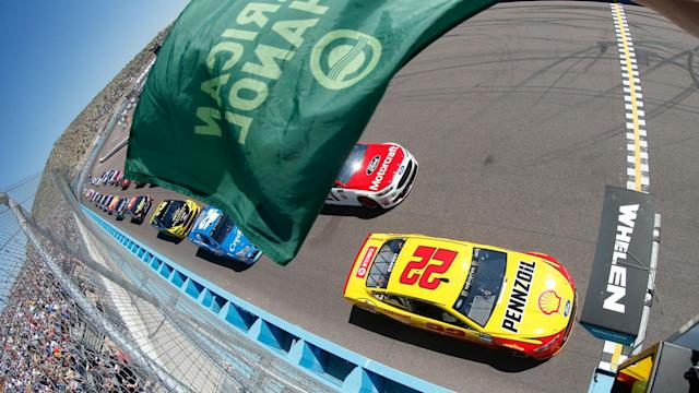 Keep up with all of the action from the Camping World 500 at Phoenix.