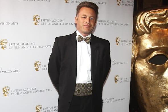 chris packham quizzed by police after filming bird hunters in Malta