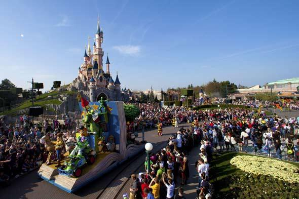 Join the party! Disneyland Paris extends its 20th anniversary celebrations