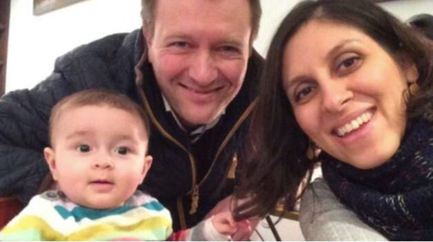 Nazanin Zaghari-Ratcliffe with husband Richard and Gabriella as a baby (Photo: Change.org)