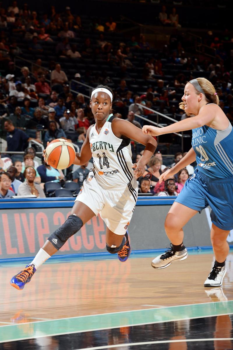Charles career-high 32 leads Liberty over Lynx