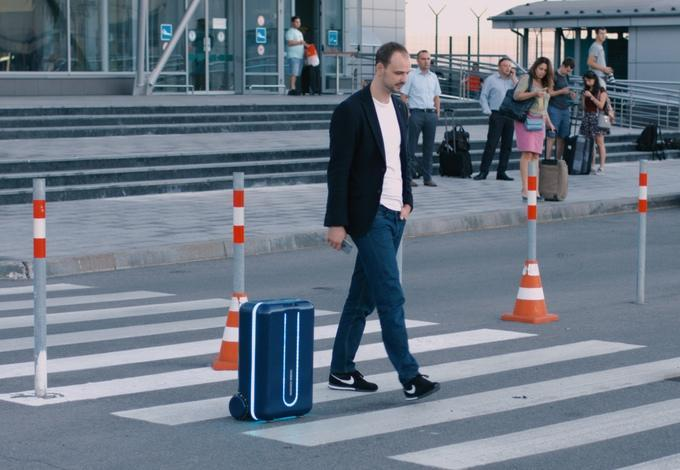 This luggage will follow you around the airport