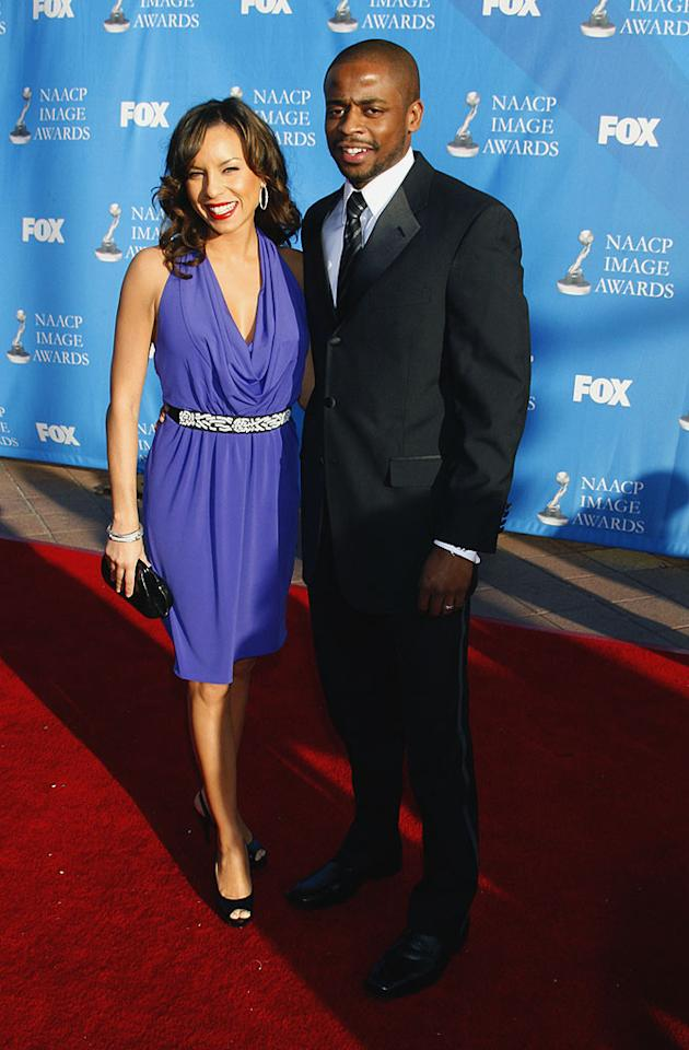 """Psych"" actor Dule Hill and his wife Nicole Lyn make quite an attractive couple on the red carpet. Jeffrey Mayer/<a href=""http://www.wireimage.com"" target=""new"">WireImage.com</a> - February 14, 2008"
