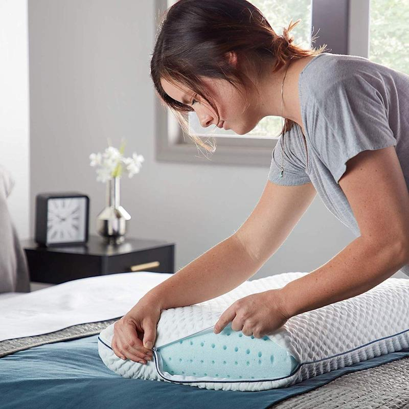 It comes with a convenient, removable pillow cover that's machine-washable! (Photo: Amazon)