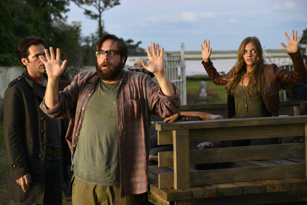 """Sex and Drugs"" Episode 106 -- Pictured: (l-r) Billy Burke as Miles Matheson, Zak Orth as Aaron, Tracy Spiridakos as Charlie Matheson"