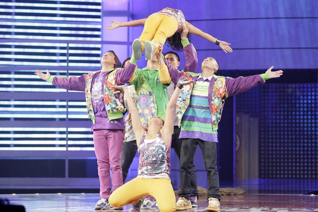 "YAHOO! TV: What has your <a href=""/randy-jackson-presents-america-s-best-dance-crew/show/41723"">""America's Best Dance Crew""</a> experience been like? *** SOREAL CRU: Just being here was enough for us. We didn't even expect to make it this far, [to the] top 2. This whole thing is like a dream come true. Even though we didn't win first place, we've been inspired by all the dancers that have been here. The experience has been really amazing."
