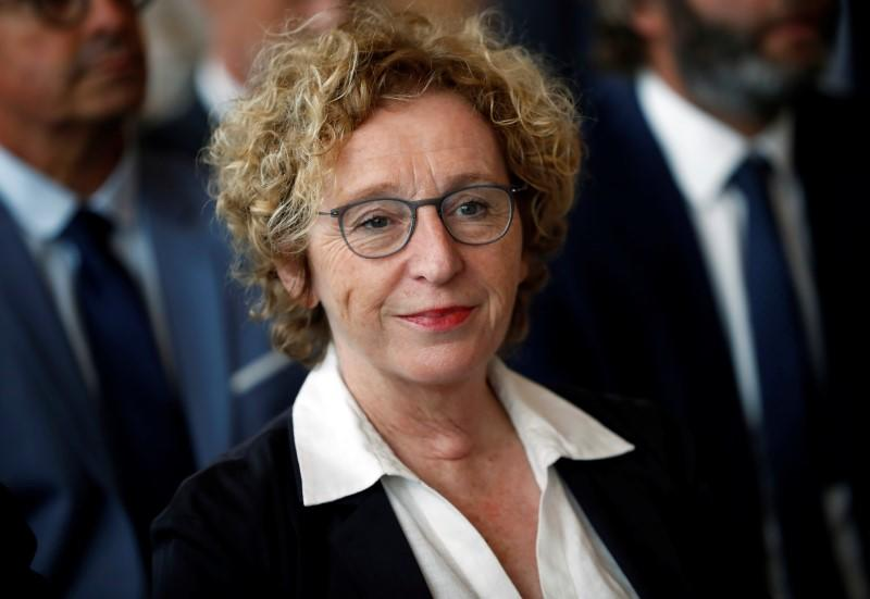 France calls on state-backed firms to scrap dividends