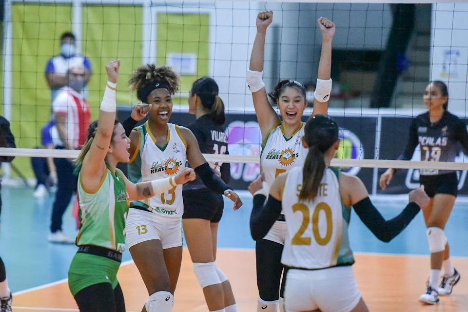 Sta. Lucia breezes past the Perlas Spikers in the 2021 Premier Volleyball League (PVL) Open Conference. (Photo: PVL Media Bureau)