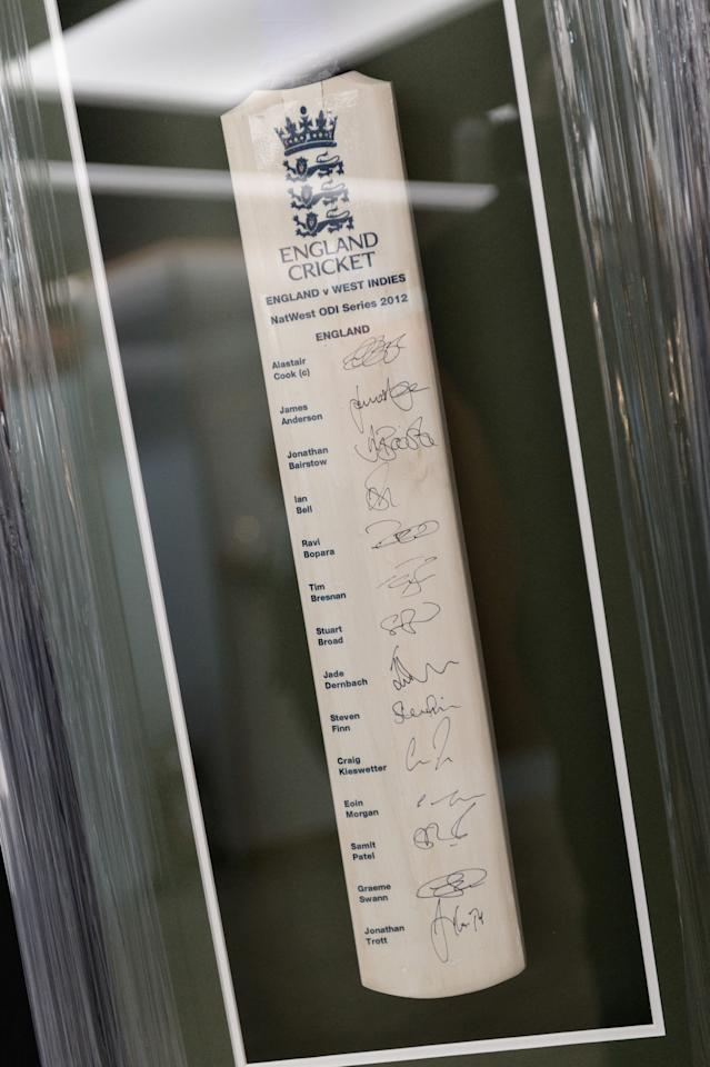 LONDON, ENGLAND - SEPTEMBER 13:  An autographed cricket bat was one of the items for auction during the charity evening in aid of 'Cure for Dylan' at Stamford Bridge on September 13, 2012 in London, England.  (Photo by Martin McNeil/Getty Images)