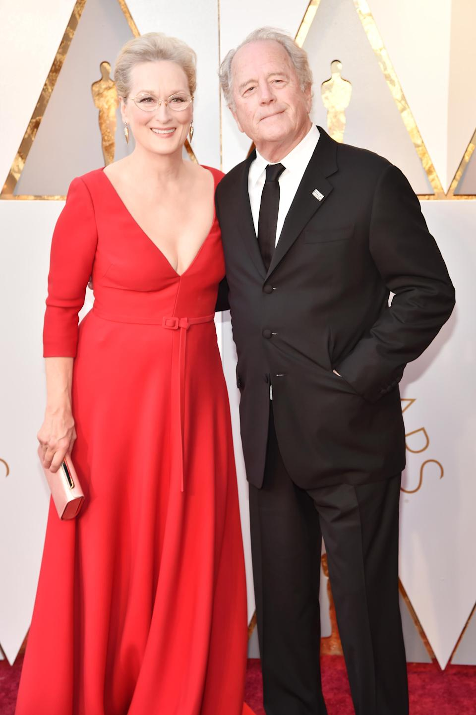 Streep's husband, Don Gummer, wore a #TimesUp pin on his lapel. (Photo: Kevin Mazur/WireImage)