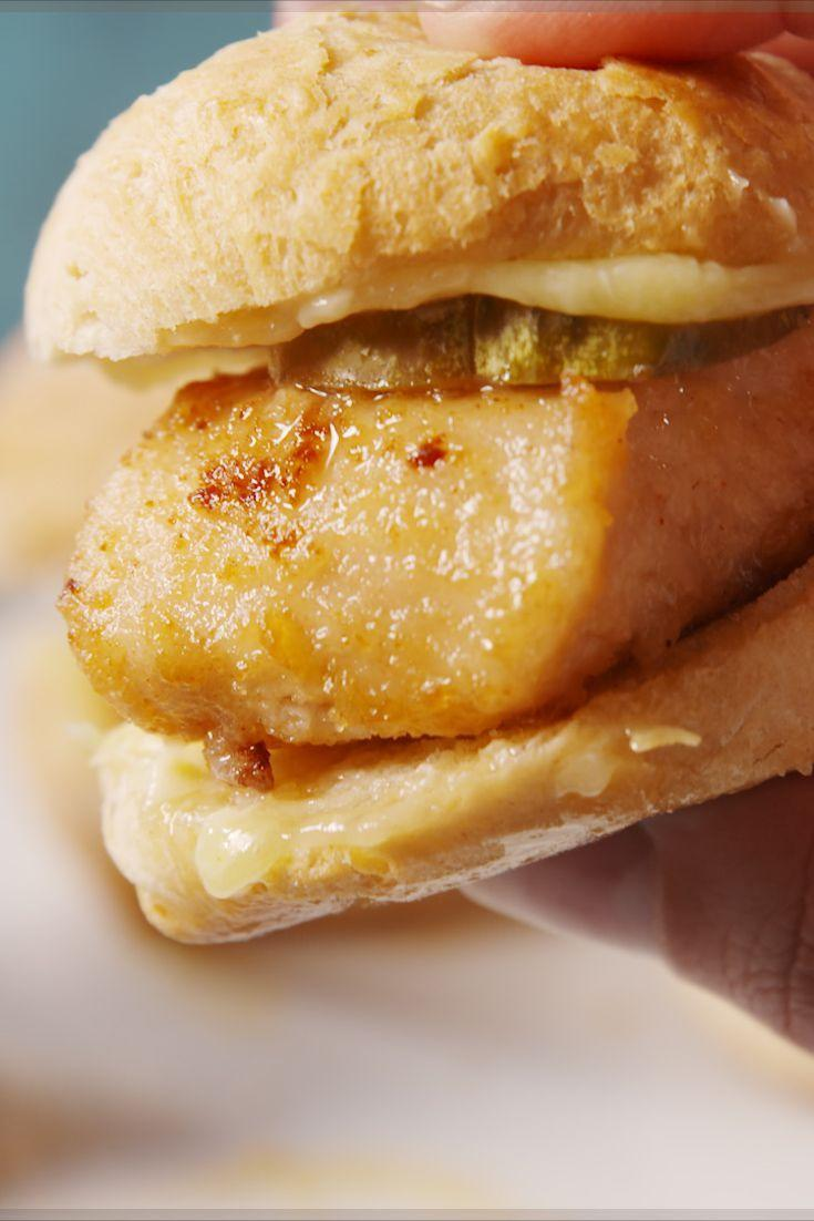 <p>Move over, chicken and waffles.</p><p>Get the recipe from <span>Delish</span>.</p>