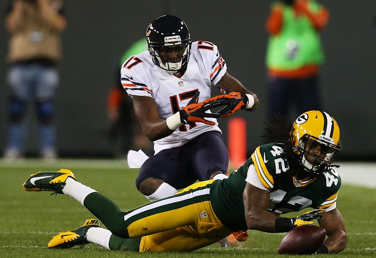 GREEN BAY, WI - SEPTEMBER 13:  Free safety Morgan Burnett #42 of the Green Bay Packers defends against wide receiver Alshon Jeffery #17 of the Chicago Bears in the second quarter at Lambeau Field on September 13, 2012 in Green Bay, Wisconsin.  (Photo by Jonathan Daniel/Getty Images)