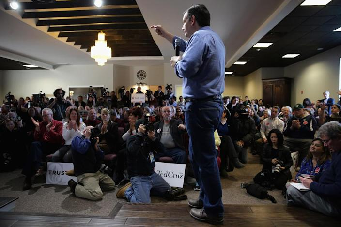 <p>Ted Cruz answers questions during a campaign town hall at the Crossing Life Church, Feb. 2, 2016, in Windham. <i>(Photo: Chip Somodevilla/Getty Images)</i></p>