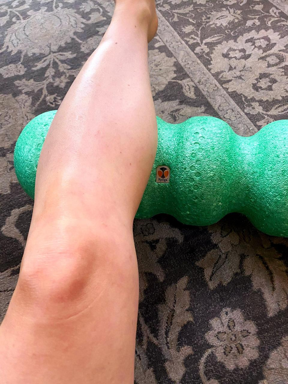 <p>Since this foam roller has two narrow areas in the middle, you can really dig into tight muscle knots and get an intense deep tissue massage. I love it for my calves, hamstrings, quads, triceps, and forearms - really, there's no place on my body this roller hasn't made feel better!</p>