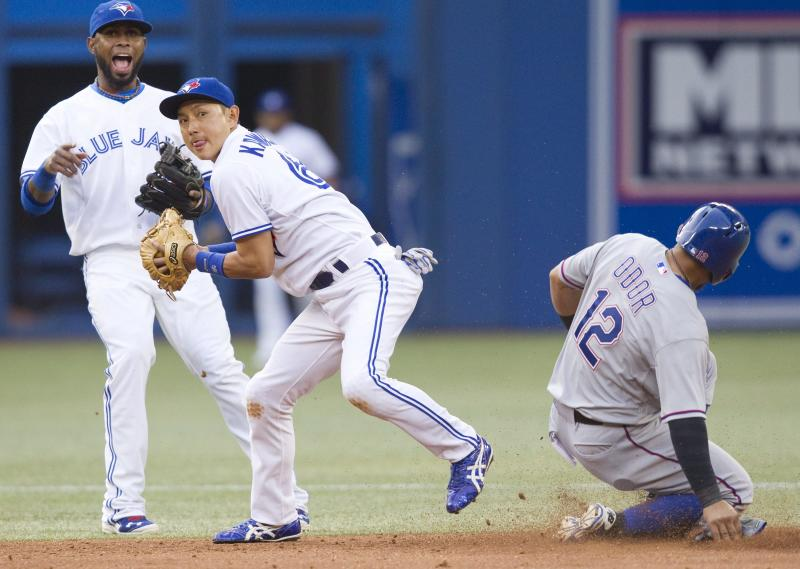 Arencibia homers, Rangers beat Blue Jays 5-1