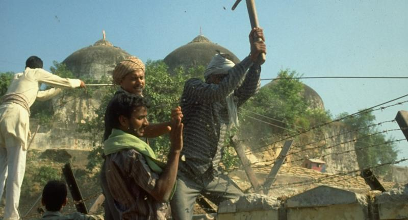 Hindu activists demolishing a structure near the Babri Masjid in Ayodhya. Photo: Robert Nickelsberg/The LIFE Images Collection via Getty Images