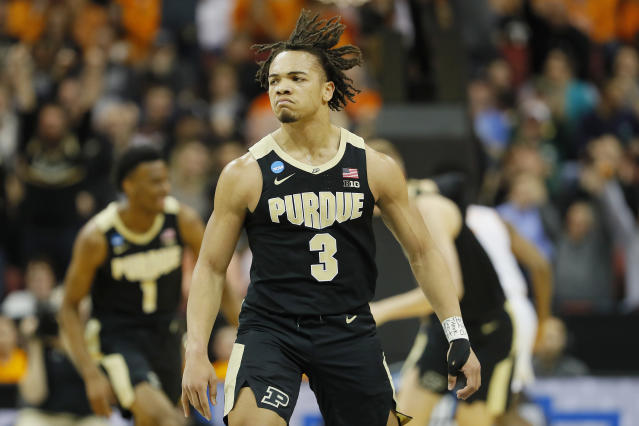 <p>Carsen Edwards #3 of the Purdue Boilermakers reacts after a three pointer against the Tennessee Volunteers during the first half of the 2019 NCAA Men's Basketball Tournament South Regional at the KFC YUM! Center on March 28, 2019 in Louisville, Kentucky. (Photo by Kevin C. Cox/Getty Images) </p>