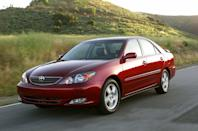 <p>The Camry once again hit a growth spurt, coinciding with a redesign in the early 2000s. The fifth-generation model had a longer wheelbase and was taller than before, with a raised seating position for the driver and front passenger and more legroom for those sitting in the back seats. To go along with the size uptick, the Camry gained a bigger base engine, a 157-hp 2.4-liter four-cylinder. The 3.0-liter V-6 stuck around, although this generation lost the combination of a V-6 and a manual transmission. At least the sporty-ish SE trim level returned to the lineup, having been abandoned for the previous-gen Camry, and for the first time the Toyota was offered with an in-dash navigation system.</p>