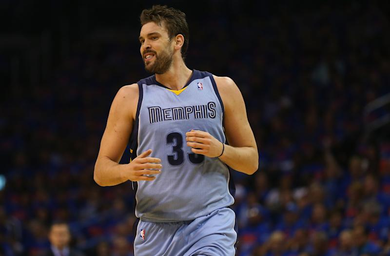 Marc Gasol of the Memphis Grizzlies during an NBA game at Chesapeake Energy Arena on May 3, 2014 (AFP Photo/Ronald Martinez)