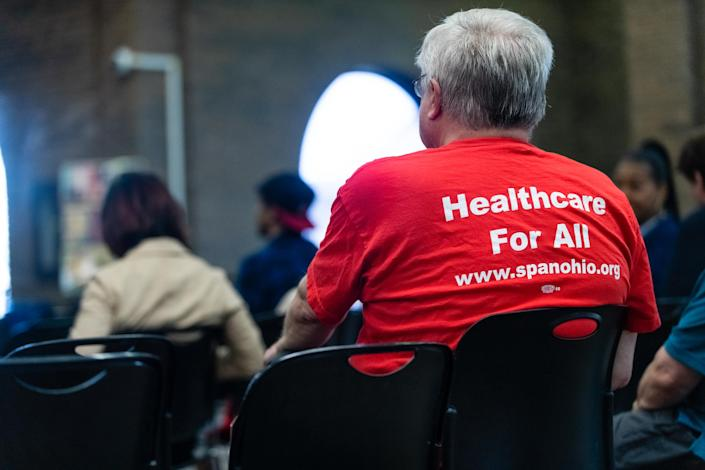 A town hall meeting is held by the Cleveland chapter of the Democratic Socialists of America, to explain Medicare for All. (Photo: Angelo Merendino for Yahoo News)