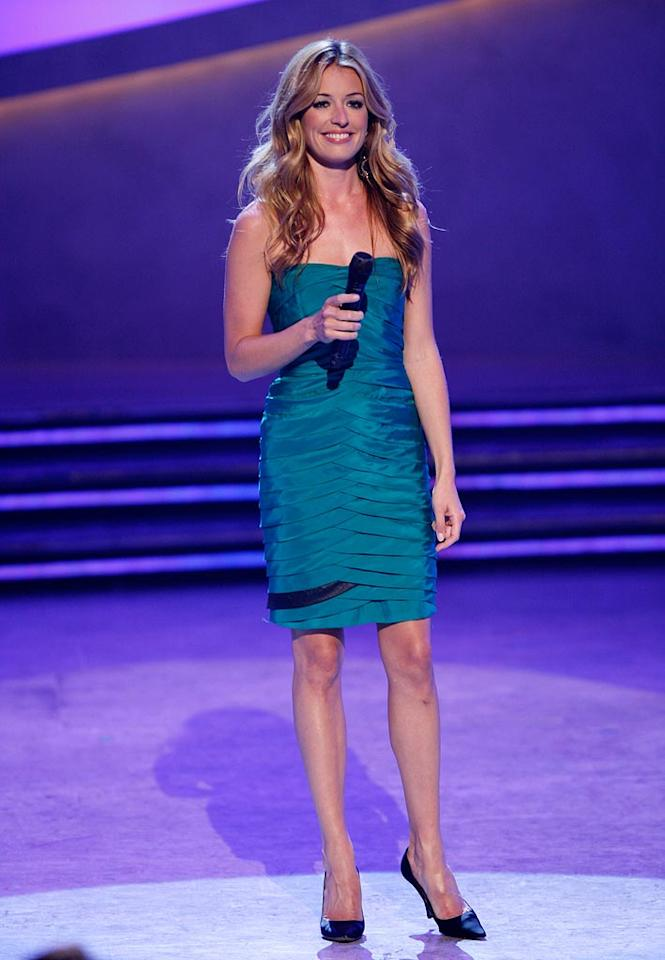 """Cat Deeley wore a Yigal Azrouel dress she bought at Greta Luxe paired with classic Jimmy Choo shoes and earrings from Issa for the Season 5 """"So You Think You Can Dance"""" Top 10 performance show."""