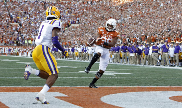 Texas Longhorns running back Keaontay Ingram #26 drops a pass as LSU Tigers cornerback Kristian Fulton #1 moves in on the play Saturday Sept. 7, 2019 at Darrell K Royal-Texas Memorial Stadium in Austin, Tx. ( Photo by Edward A. Ornelas )