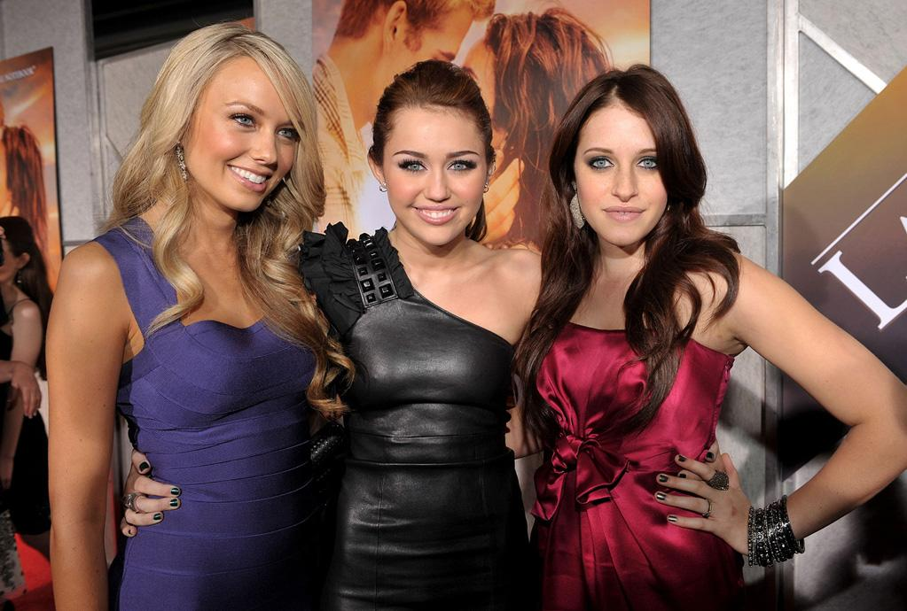 "Melissa Ordway, <a href=""http://movies.yahoo.com/movie/contributor/1809849015"">Miley Cyrus</a> and Carly Chaikin at the Los Angeles premiere of <a href=""http://movies.yahoo.com/movie/1810098775/info"">The Last Song</a> - 03/25/2010"