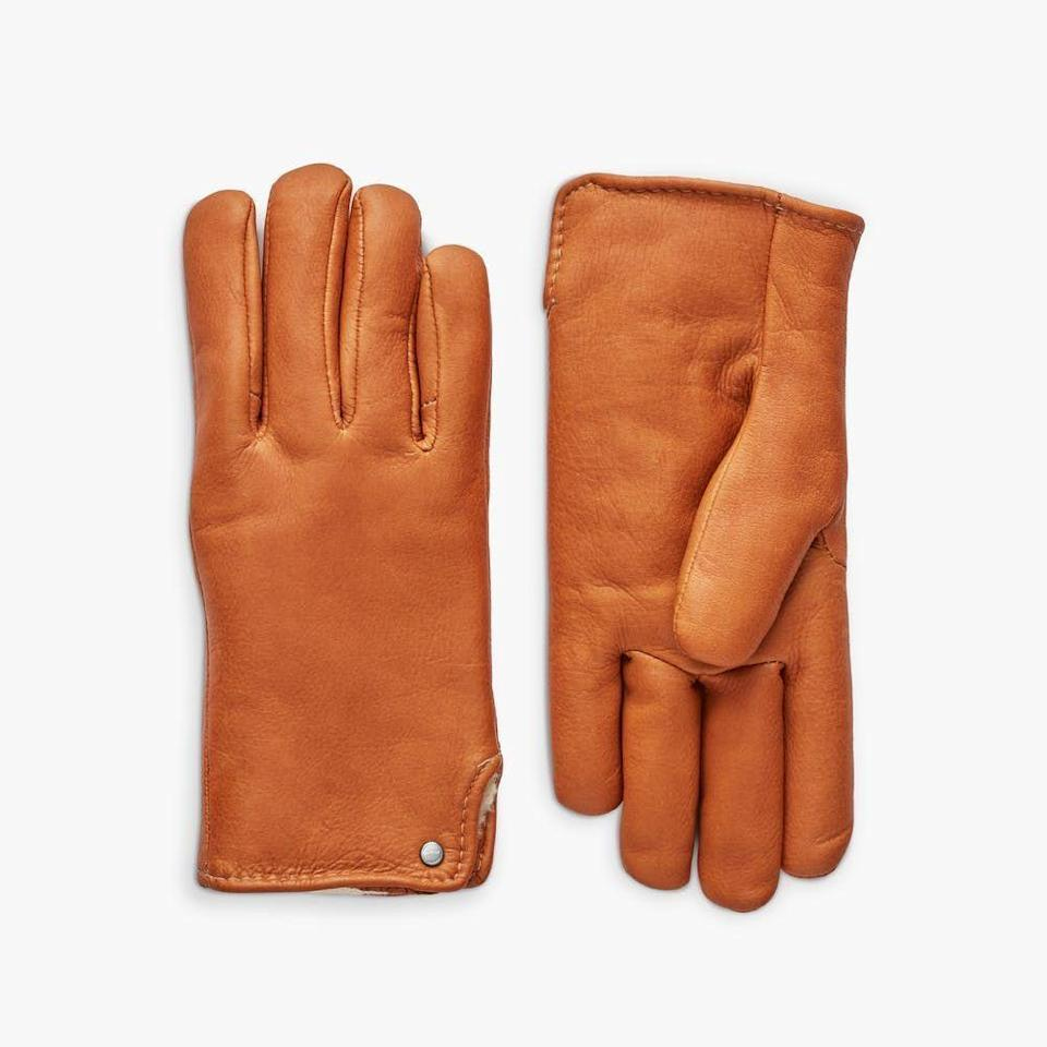 """<p><strong>Shinola + Geier Glove Company</strong></p><p>shinola.com</p><p><strong>$95.00</strong></p><p><a href=""""https://go.redirectingat.com?id=74968X1596630&url=https%3A%2F%2Fwww.shinola.com%2Fhome%2Fapparel-accessories%2Fshinola-geier-deerskin-gloves.html&sref=https%3A%2F%2Fwww.cosmopolitan.com%2Fstyle-beauty%2Ffashion%2Fg37871219%2Fbest-womens-leather-gloves%2F"""" rel=""""nofollow noopener"""" target=""""_blank"""" data-ylk=""""slk:Shop Now"""" class=""""link rapid-noclick-resp"""">Shop Now</a></p><p>These deerskin leather gloves (which come in three cute colors) are polypropylene lined against the cold, so your fingers will stay toasty warm no matter how low the temps drop. </p><p><strong>Glowing Review:</strong> <em>The best pair of gloves that I have ever worn. They are true to their description of comfort and elegant style. </em></p>"""