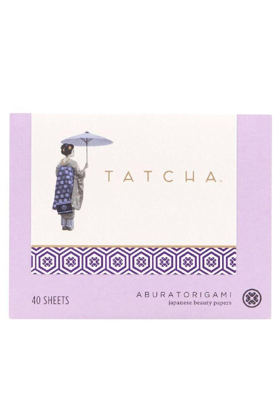 """<p><strong>Tatcha</strong></p><p>sephora.com</p><p><strong>$12.00</strong></p><p><a href=""""https://go.redirectingat.com?id=74968X1596630&url=https%3A%2F%2Fwww.sephora.com%2Fproduct%2Ftatcha-aburatorigami-japanese-blotting-papers-P460746&sref=https%3A%2F%2Fwww.cosmopolitan.com%2Fstyle-beauty%2Fbeauty%2Fg35020776%2Fbest-oil-blotting-paper-sheets%2F"""" rel=""""nofollow noopener"""" target=""""_blank"""" data-ylk=""""slk:Shop Now"""" class=""""link rapid-noclick-resp"""">Shop Now</a></p><p>Before you use the back of your hand or your dirty fingers to try to dab away excess oil, reach for this oil blotting paper instead. Made with absorbent abaca leaf and gold flakes, these sheets <strong>remove shine without <a href=""""https://www.cosmopolitan.com/style-beauty/beauty/g19620718/best-makeup-remover/"""" rel=""""nofollow noopener"""" target=""""_blank"""" data-ylk=""""slk:removing your makeup"""" class=""""link rapid-noclick-resp"""">removing your makeup</a> underneath</strong>.</p>"""