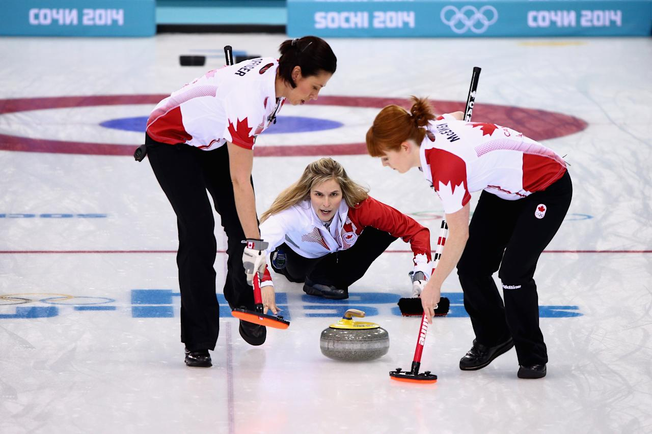 how to win a curling game