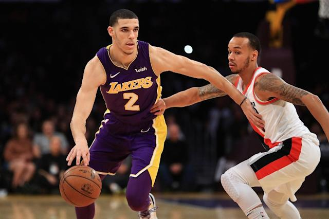 Lonzo Ball sprained a ligament in his left knee in January and near the end of the NBA season suffered a contusion in the same knee that saw him miss several games (AFP Photo/Sean M. Haffey)
