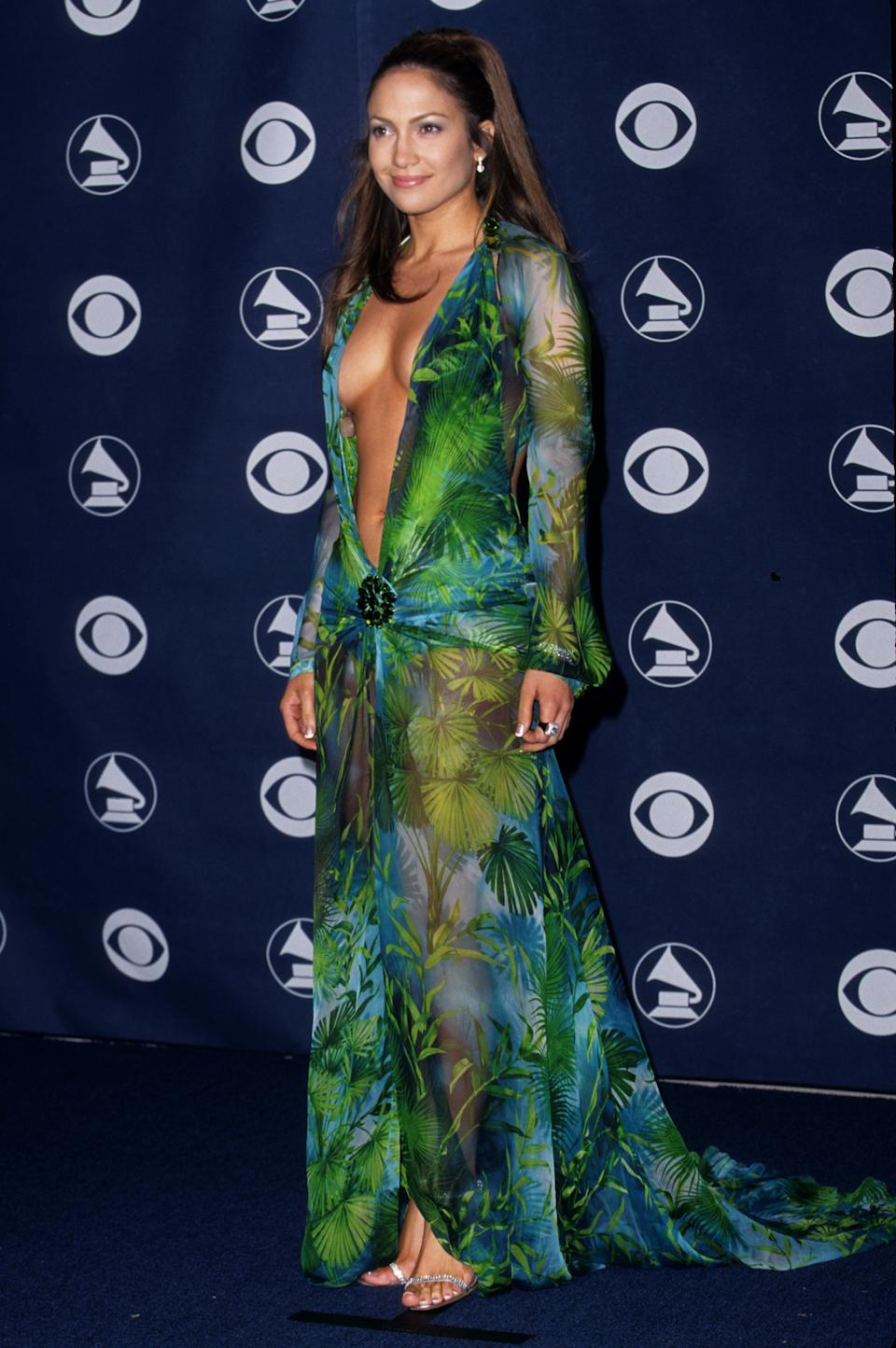 Jennifer Lopez no Grammy 2000 (Foto: S. Granitz/WireImage)