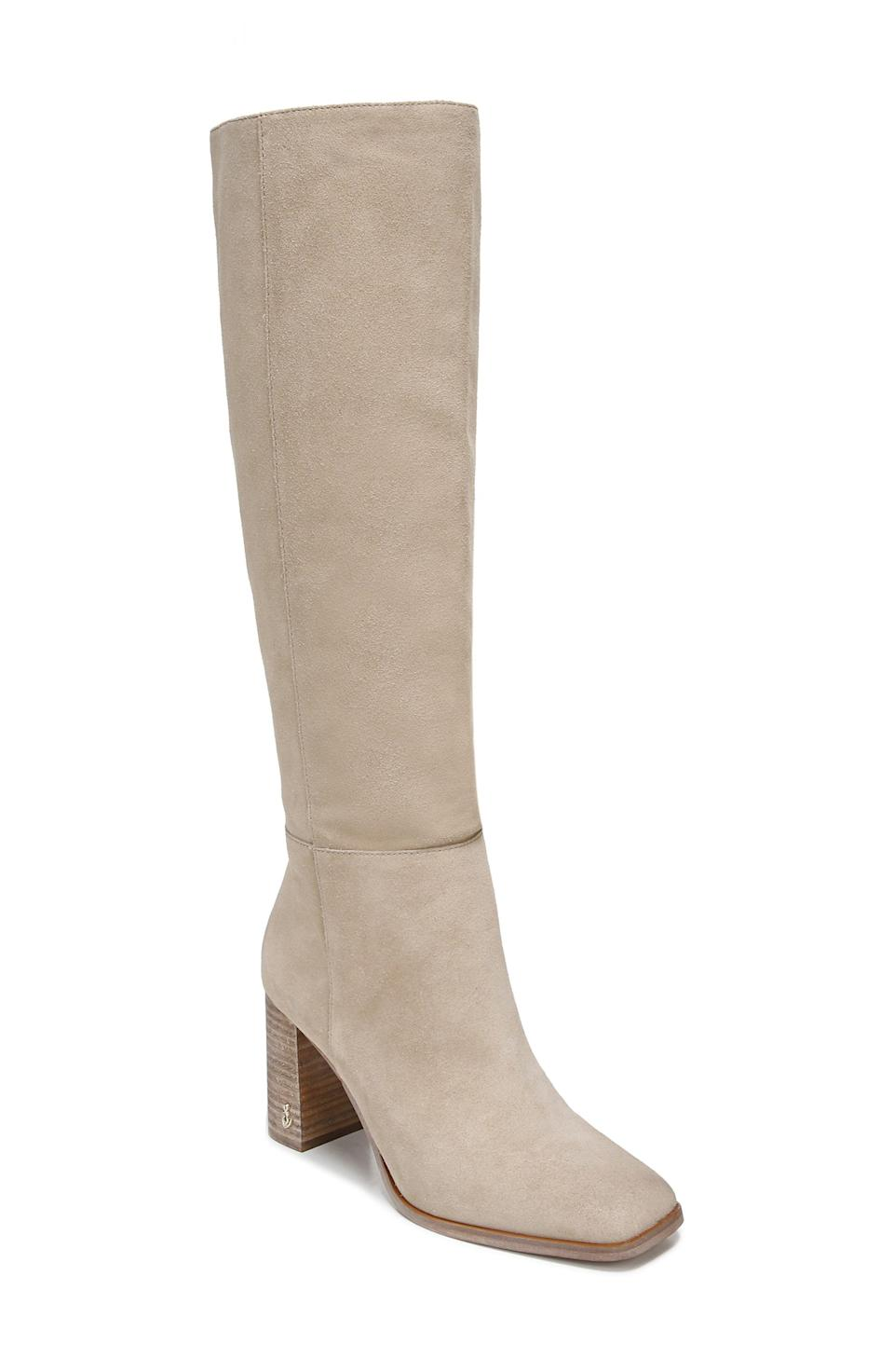 """<p><strong>Sam Edelman</strong></p><p>nordstrom.com</p><p><strong>$135.00</strong></p><p><a href=""""https://go.redirectingat.com?id=74968X1596630&url=https%3A%2F%2Fwww.nordstrom.com%2Fs%2Fsam-edelman-olly-knee-high-boot-women%2F5910684&sref=https%3A%2F%2Fwww.elle.com%2Ffashion%2Fshopping%2Fg37873182%2Fnordstrom-fall-clothing-sale%2F"""" rel=""""nofollow noopener"""" target=""""_blank"""" data-ylk=""""slk:Shop Now"""" class=""""link rapid-noclick-resp"""">Shop Now</a></p><p>How versatile are these knee-high boots from Sam Edelman? It'll go great under a midi dress or paired with a mini skirt and tights. </p>"""