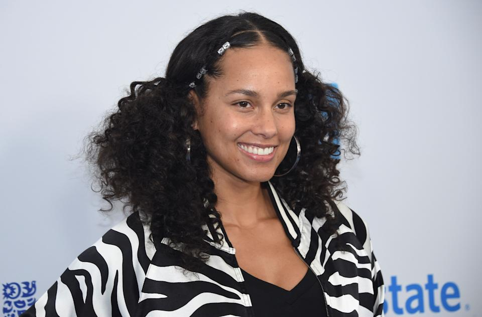 "In a 2007 interview with <a href=""http://people.com/celebrity/alicia-keys-talks-about-her-ups-and-downs/"" target=""_blank"">People</a>, Keys revealed that she has dealt with depression in the past. ""I was feeling so sad all the time, and I couldn't shake it,"" Keys said. <br /><br />""I started burying my feelings, and it got to a point where I couldn't even tell my family or my friends, 'I'm twisted,' or 'I'm exhausted,' or 'I'm so angry.' … I became a master of putting up the wall so that I was unreadable,"" she said.<br /><br />The singer-songwriter said she had to ""learn to let go"" in order to get through it."