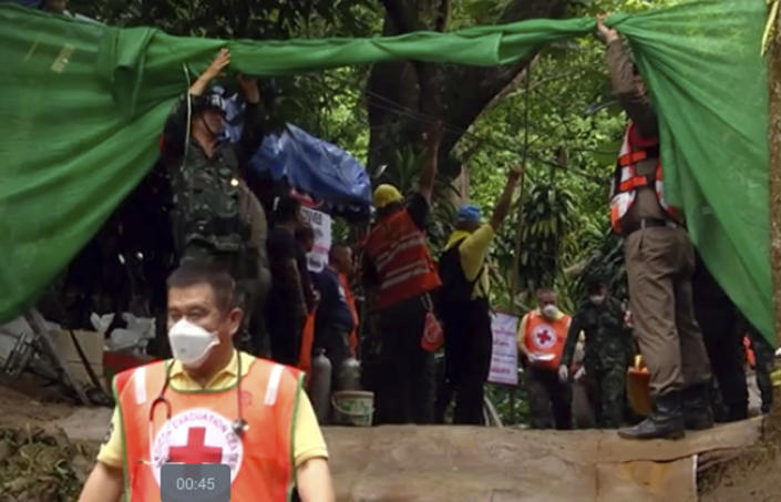 <p>In this screengrab taken from video, emergency workers carry a stretcher with one of the rescued boys to an ambulance, in Mae Sai, in the district of Chiang Rai, Thailand on July 8, 2018. (Photo: Chiang Rai Public Relations Office via AP) </p>