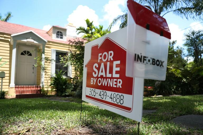 African Americans and Hispanics make up a small fraction of US homebuyers