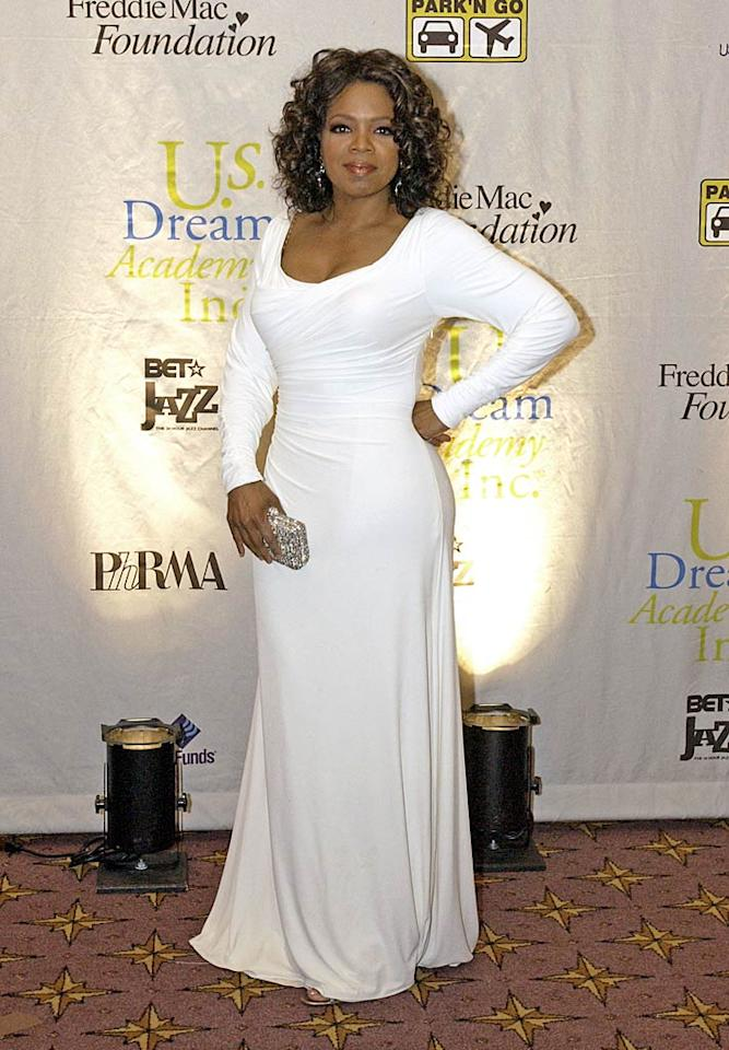 "<b>Chic Neutrals</b>  In 2005, Oprah made an appearance at the U.S. Dream Academy's 4th Annual Gala fundraiser in Washington, DC.    <a href=""http://www.instyle.com/instyle/package/general/photos/0,,20396039_20327331_20708574,00.html?xid=omg-dress-of-decade?yahoo=yes"" target=""new"">100 Best Dresses of the Decade</a>   Stephen Boitano/<a href=""http://www.gettyimages.com/"" target=""new"">GettyImages.com</a> - May 24, 2005"