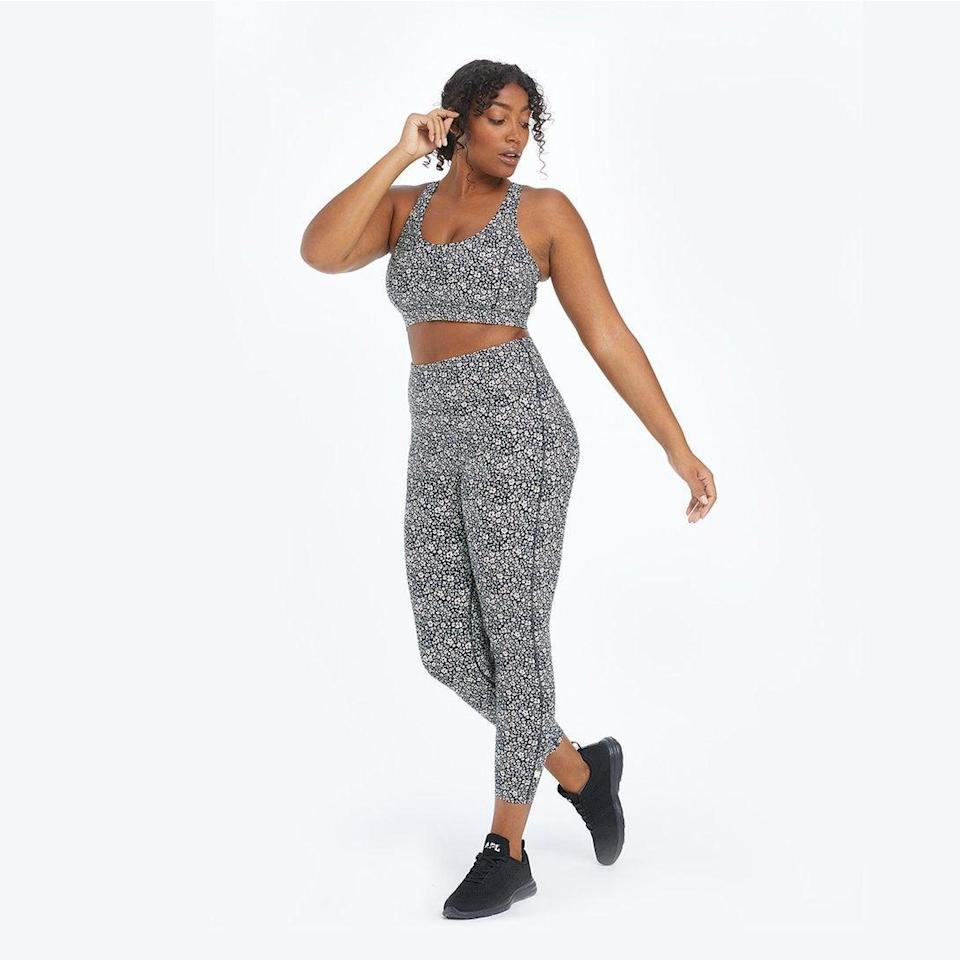 """<br><br><strong>Summersalt</strong> The Do-It-All High Rise 7/ 8 Leggings, $, available at <a href=""""https://go.skimresources.com/?id=30283X879131&url=https%3A%2F%2Fwww.summersalt.com%2Fcollections%2Fjoggers%2Fproducts%2Fthe-do-it-all-7-8-high-rise-leggings-sea-urchin"""" rel=""""nofollow noopener"""" target=""""_blank"""" data-ylk=""""slk:Summersalt"""" class=""""link rapid-noclick-resp"""">Summersalt</a>"""