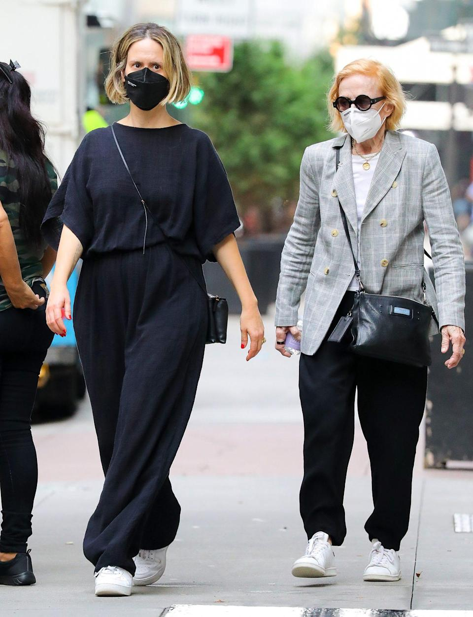 <p>Sarah Paulson and Holland Taylor walk around N.Y.C. on Sept. 12 after having lunch at Bergdorf Goodman.</p>