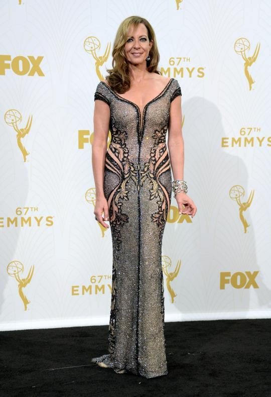 """<p>The """"Mom"""" actress, who won for her comedic role, was the only star to take on the naked trend. Mind you, she's 55 so she deserves so much ore than just an Emmy. </p>"""
