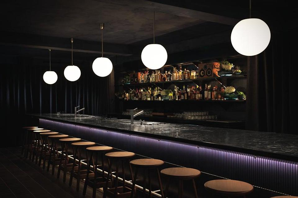 Dark well: the bar space is as black and compact as an ink cartridge  (Soma)