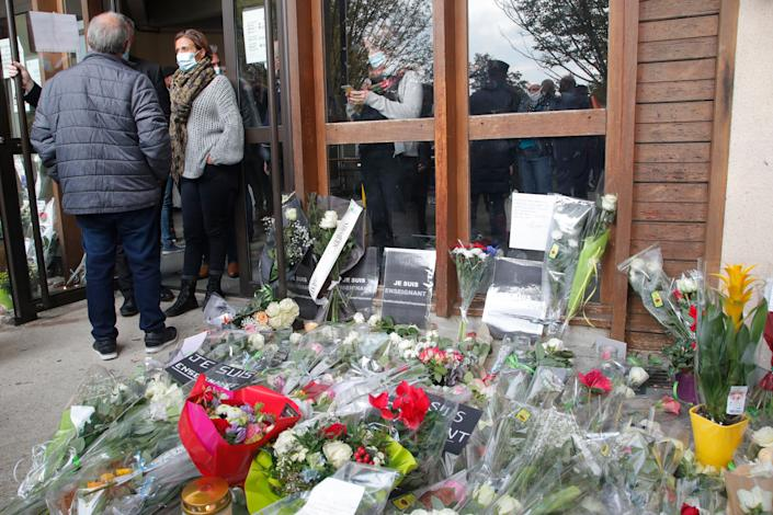 France Teacher Decapitated (French anti-terrorism prosecutor Jean-Francois Ricard said an investigation for murder with a suspected terrorist motive has been opened)