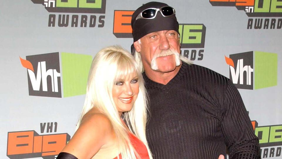 CULVER CITY, CA - DECEMBER 02: Linda Hogan and Hulk Hogan at the VH1 Big in '06 Awards on December 02, 2006 at Sony Studios, Culver City, CA.