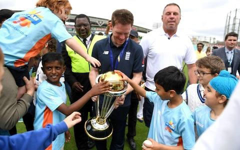 Eoin Morgan and fans - Credit: Getty Images Europe